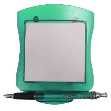Блокнот с ручкой на подставке-прижиме, цвет зеленый
