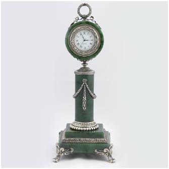 Часы настольные кварцевые (нефрит)