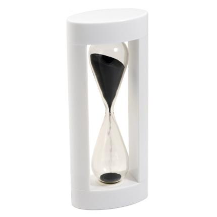 Часы песочные с чёрным песком, в корпусе из белого пластика, 3 минуты