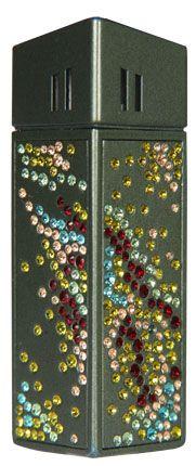 """Зажигалка """"CRICKET Premium Paris"""" газовая, инкрустирована кристаллами Swarovski, модель Manimal 1, цвет тёмно-зелёный"""