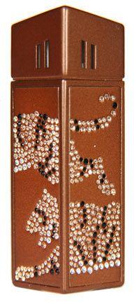 """Зажигалка """"CRICKET Premium Paris"""" газовая, инкрустирована кристаллами Swarovski, модель Tiger, цвет коричневый"""
