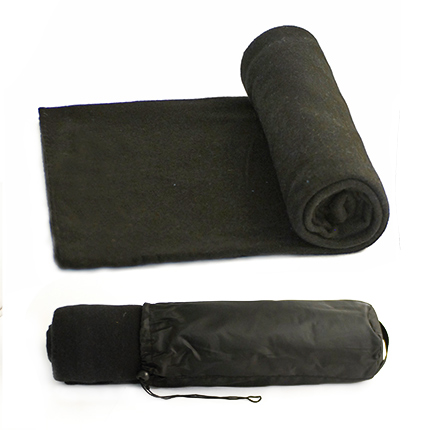 """Флисовый мягкий плед """"Коралл"""" в чехле на завязке, имеющем ручку-лямку на тыльной стороне для удобства переноски, чёрный"""