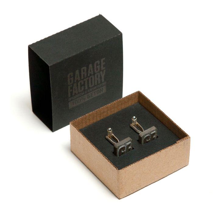 Бетонные запонки в коробке из дизайнерского картона