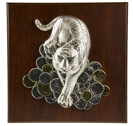 "Плакетка большая ""Тигр на монетах"""